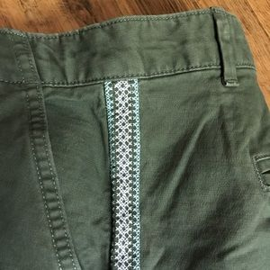 GAP Shorts - Gap Summer Shorts Olive with Embroidered Sides